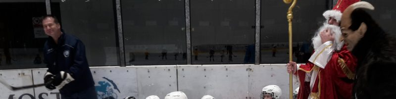 Čert a Mikuláš na mosteckém ledě